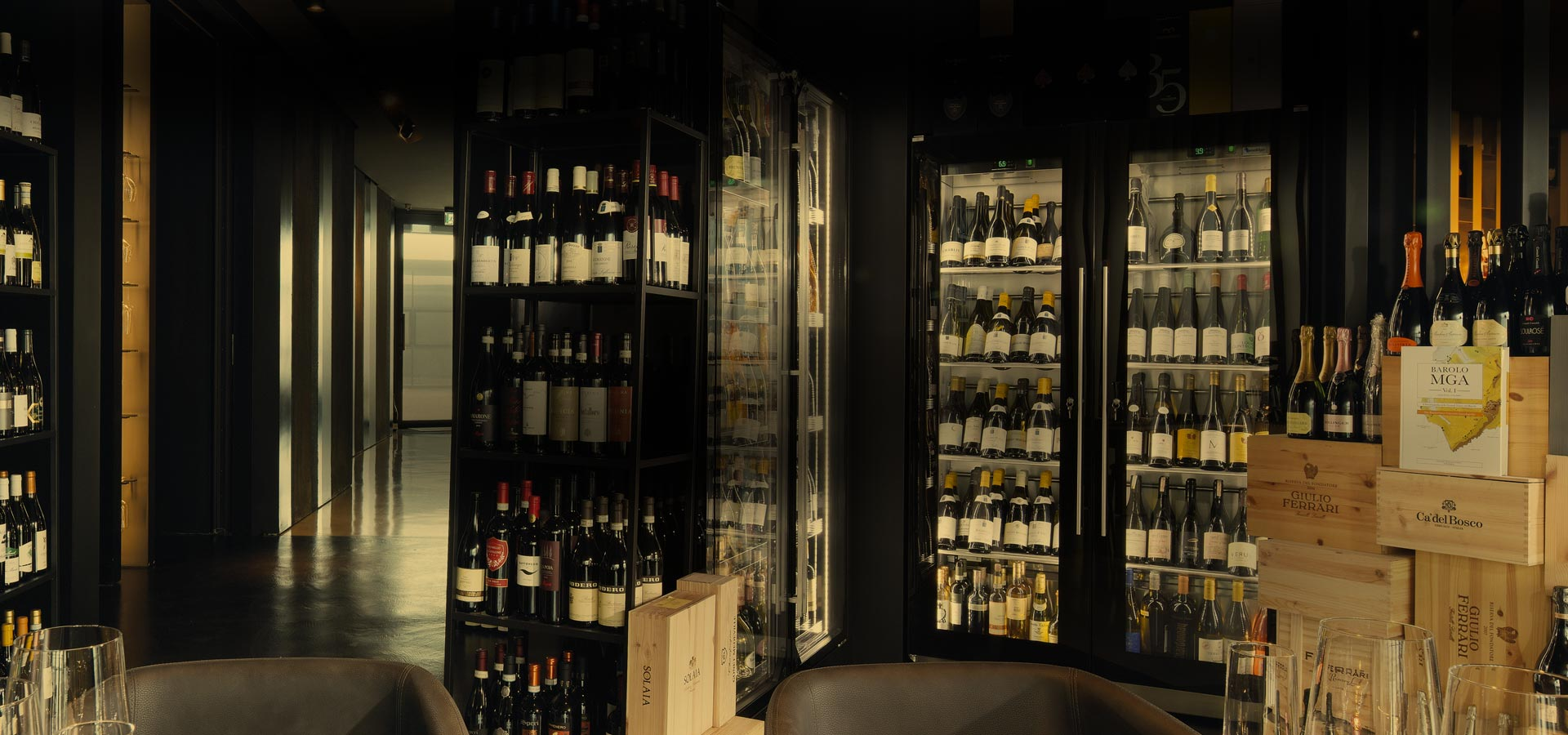 wine-library-bottle-display